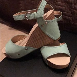 Lucky Brand Wedges- new